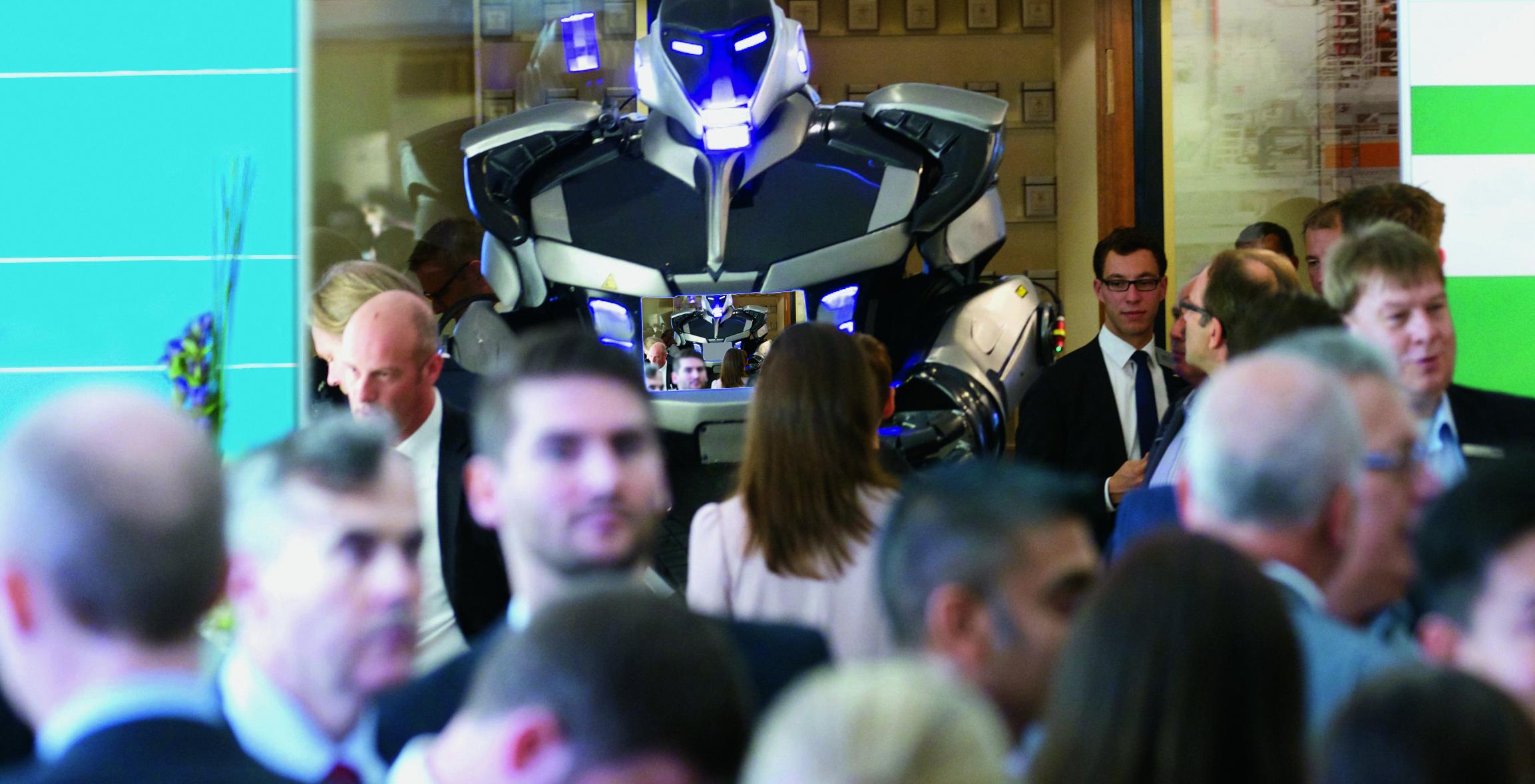Der Deutsche Logistik-Kongress ist gut besucht und widmet sich auch dem Thema Robotik.